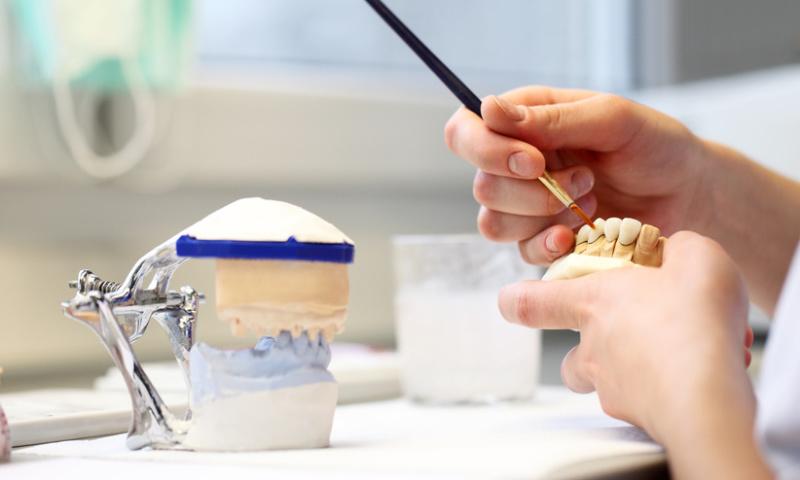 Zahnersatz Dentallabor